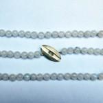 Kette aus Mondstein mit Teilen aus 925 Sterlingsilber