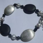 Armband aus 925 Sterlingsilber mit Perlen und Onyx